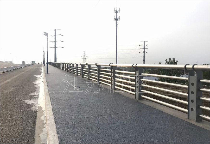 景观护栏需选用拼装式技术规划、加工制作